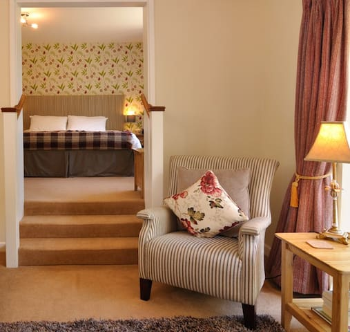Luxury Bed and Breakfast - Glynarthen - Bed & Breakfast