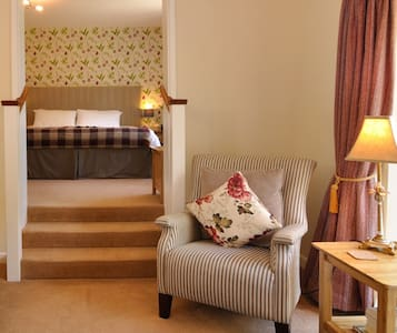 Luxury Bed and Breakfast - Glynarthen
