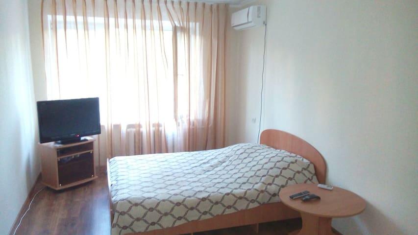 Комфортное жилье в центре - Новороссийск - Квартира