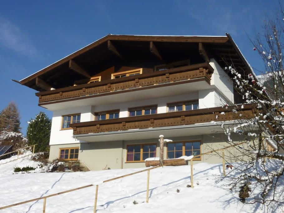 Landhaus Bergner Alm in fresh winter months