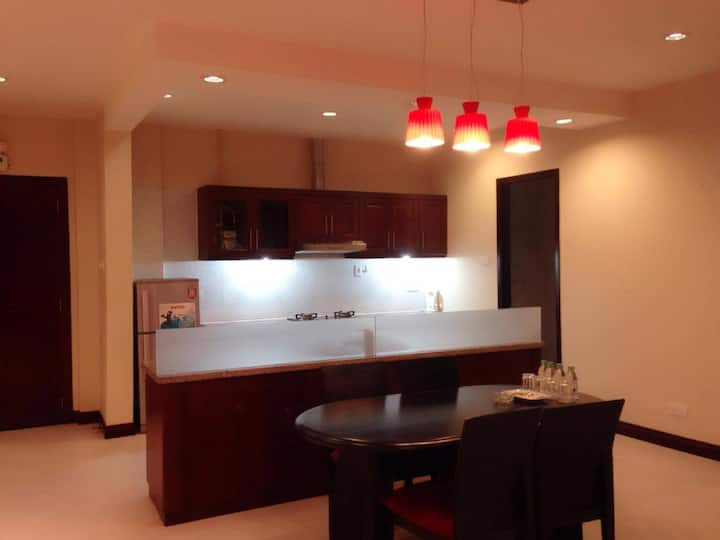 Lizze Apartment 2 BRD in city center/市区最佳公寓  2个卧室