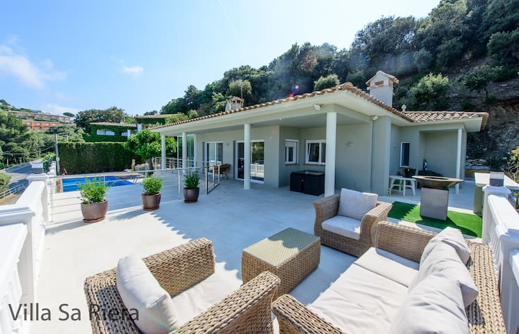 Villa Sa Riera, newly refurbished beautiful home