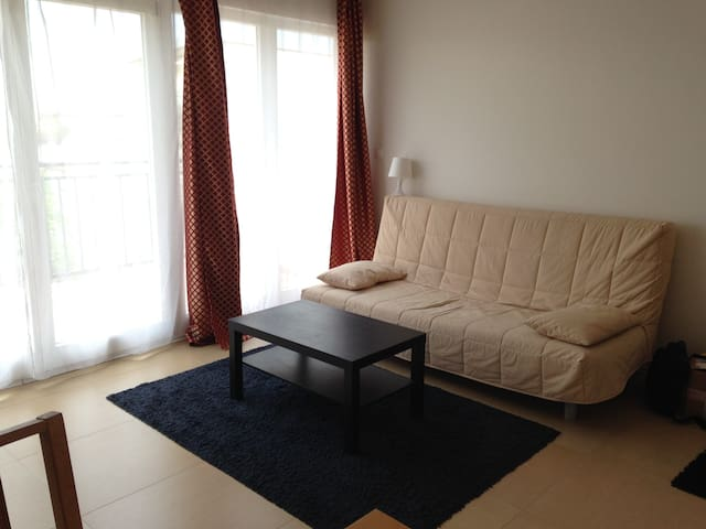 Nice apartment - 10 min away from city center