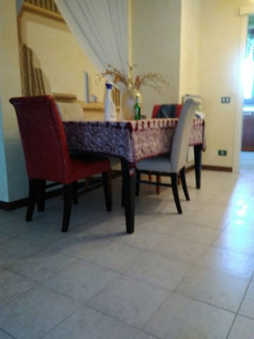 Comodo e accogliente alloggio - Ponsacco  - Apartamento