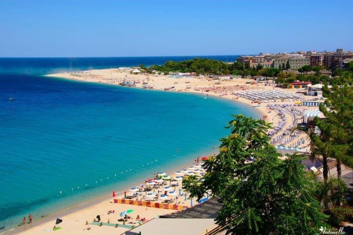 Accogliente appartamento a 250 m dal mare - Soverato Marina