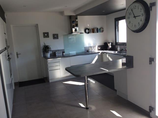 Grande maison neuve 10 min de Caen - Fontaine-Étoupefour - Huis