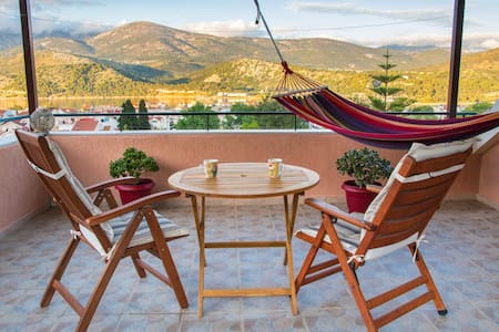 """Veranda"" loft in the center of Argostoli"