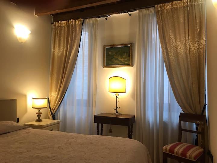 Authentic and Quiet Venetian Apartment