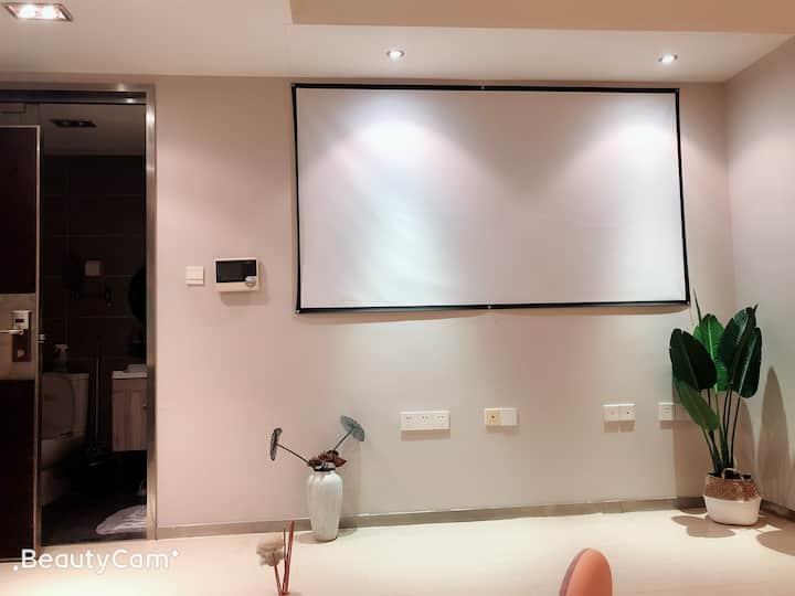 杭州滨江区龙禧boss港高层精装公寓,近地铁口机场大巴专线,明亮温馨的整套酒店式公寓