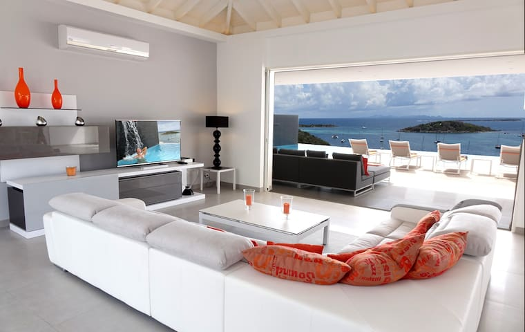 Villa MAGNOLIA FOREVER vue exceptionnel sur la mer