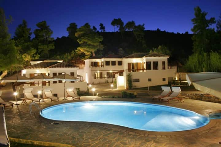 Alypiako Apartment Skiathos