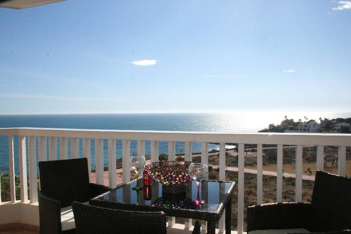 El Campello apartment with amazing sea views!