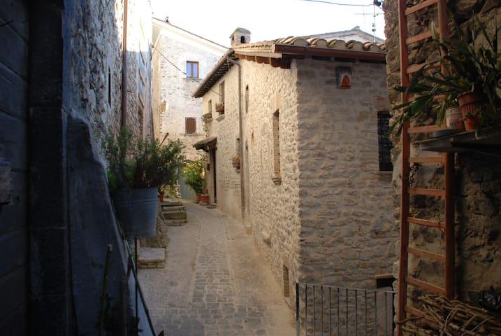 Il Paradiso nel Borgo - Arrone - Appartement