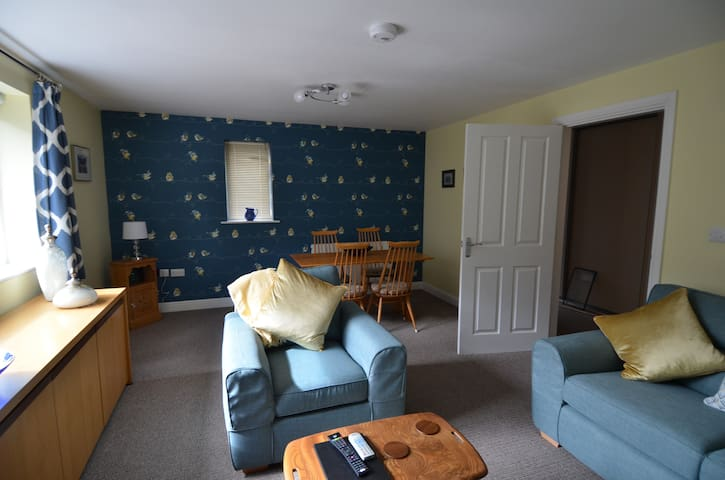 Dog friendly, cosy cottage for the lakes and dales
