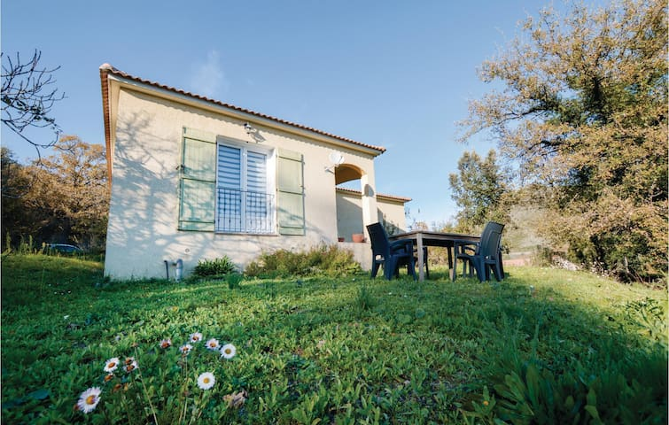 Holiday cottage with 2 bedrooms on 81m² in Corte
