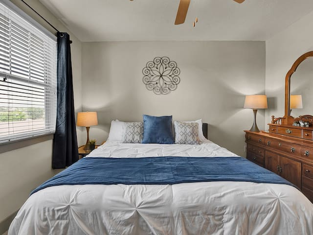 King Suite with private bathroom.  Great nights sleep with that at Home feeling.  Dresser and large closet.