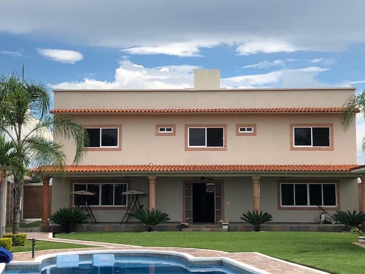 Excelente Casa en Tequesquitengo