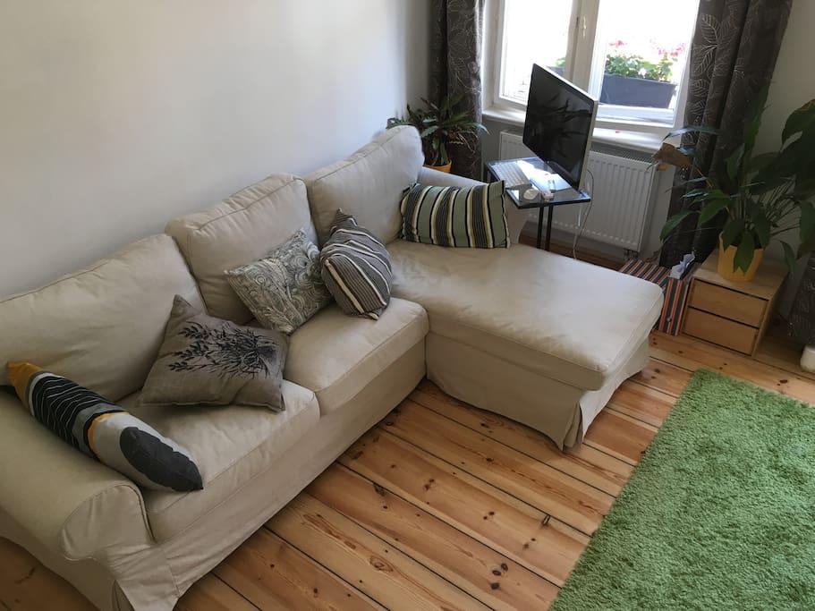 sch ne helle whg nahe tempelh feld in neuk lln wohnungen zur miete in berlin berlin. Black Bedroom Furniture Sets. Home Design Ideas