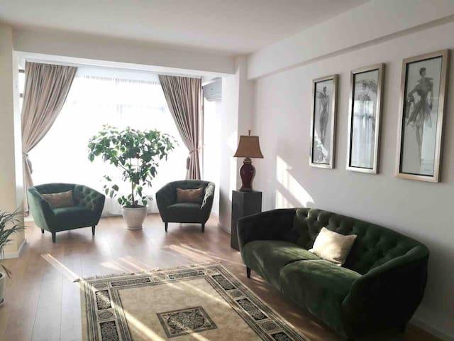 Green living room for zen moments