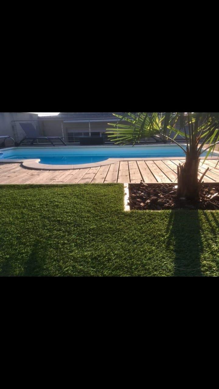 Havre de paix,piscine et jacuzzi au coeur de Brive