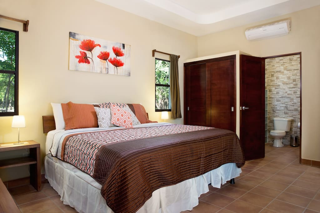 Master Bedroom - One King Bed or Two Twin Beds