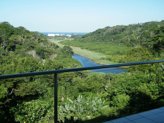 House in Beach Front Eco Estate - Dolphin Coast - Huis