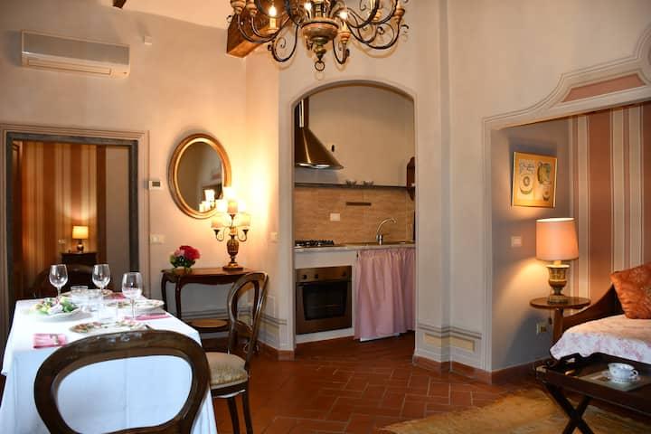 #2 Rose - Charming Tuscan Cottage