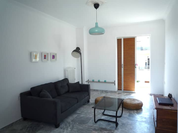 Elegant and bright flat close to the city centre