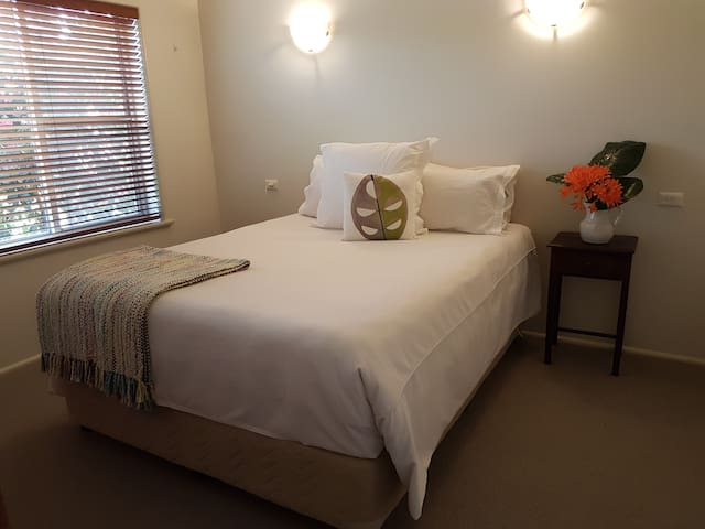 Private accommodation in Tatura