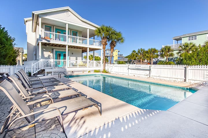 PRIVATE Pool! Across fr Beach! ☼Inspected & Disinfected☼ 4BR A VIP Hideaway