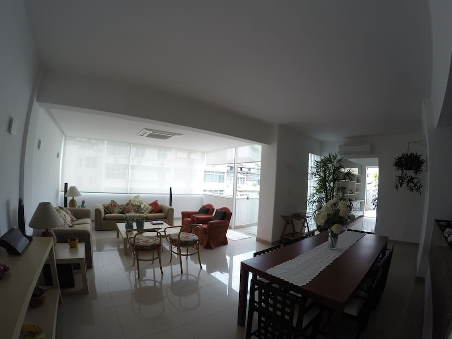 Living room and dinning room (different air conditioners for each room) (picture taken on a cloudy day)
