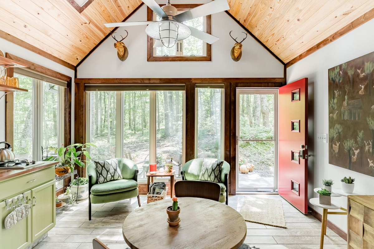 The Barn Guesthouse on Lookout Mountain