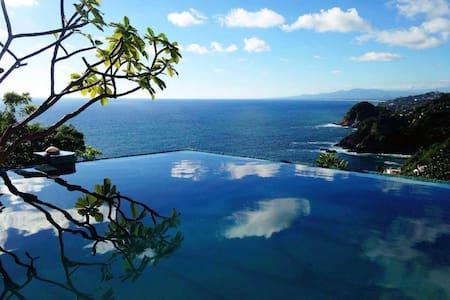 "Casa Chaman Acapulco ""Copal"" - Acapulco"