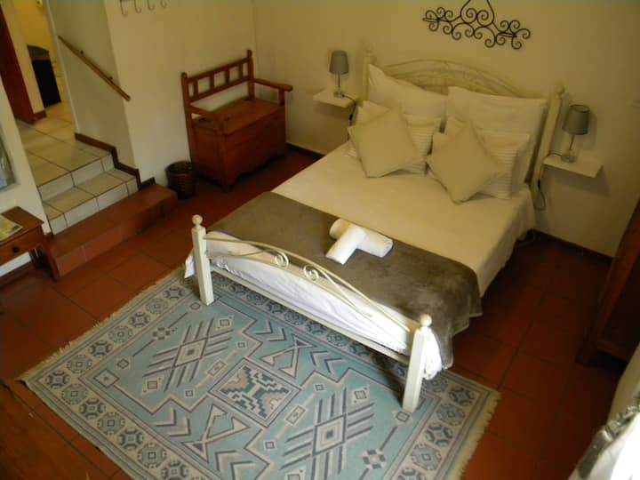 Saints Bed & Breakfast Room 1