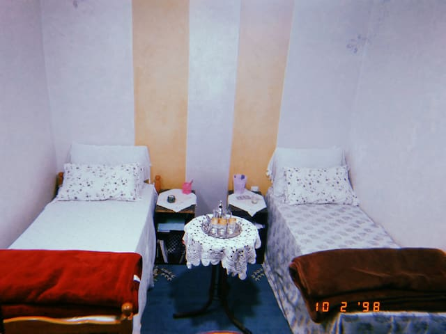 Warm space near the beach in rabat (NO COUPLES)