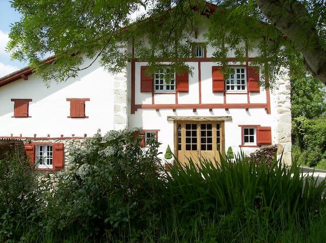 Chambres d'hôtes Maison Anderetea - Mendionde
