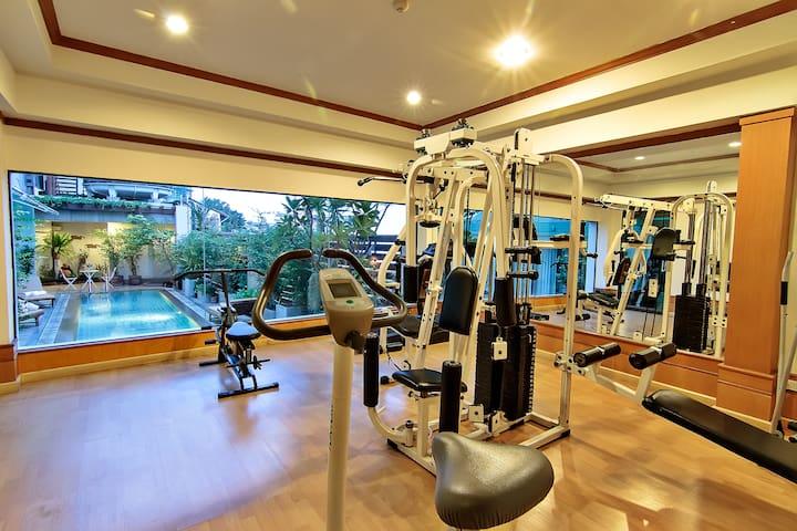 Beautiful room at Town area BTS Saphan Taksin