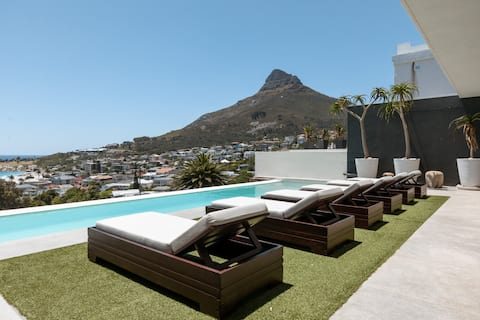 Camps Bay Panoramic Sea View Villa