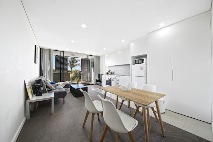 Dulwich Hill Petite and pretty 1bedroom Unit