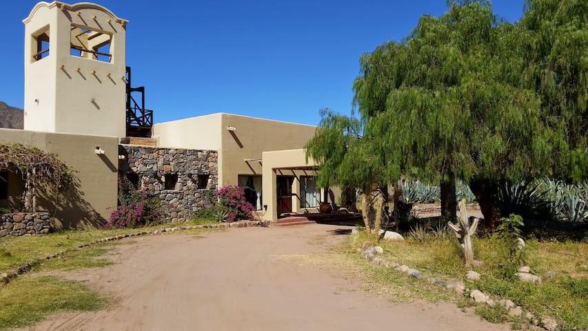 Las Pircas Hotel Boutique & Bungalow