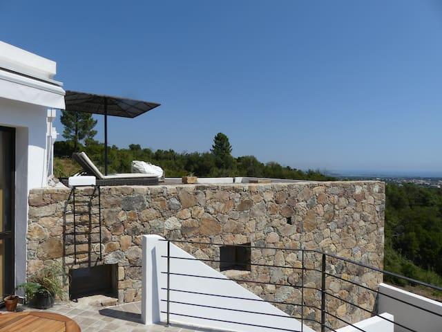Villa 130m2 / 2 chambres vue imprenable sur la mer - Solaro - Casa de camp