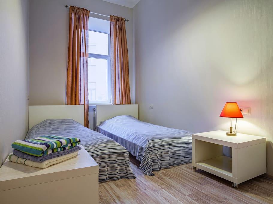 Bedroom №3 (2 single beds)