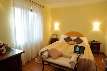 Appartamento Cimabue - Collestrada - Wohnung