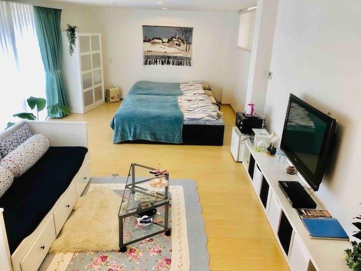 先着後7組近隣BBQ¥1,300~予約可 ! 広々お部屋(50平米)でリラックス玄関独立ワンルーム!
