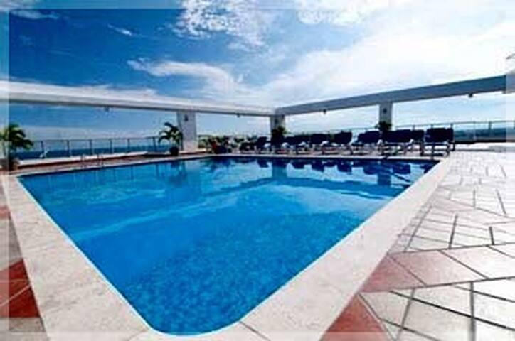 WOW! 2 BED/2 BATH PENTHOUSE-CORONADO Beach GetAway - Las Lajas - Apartment