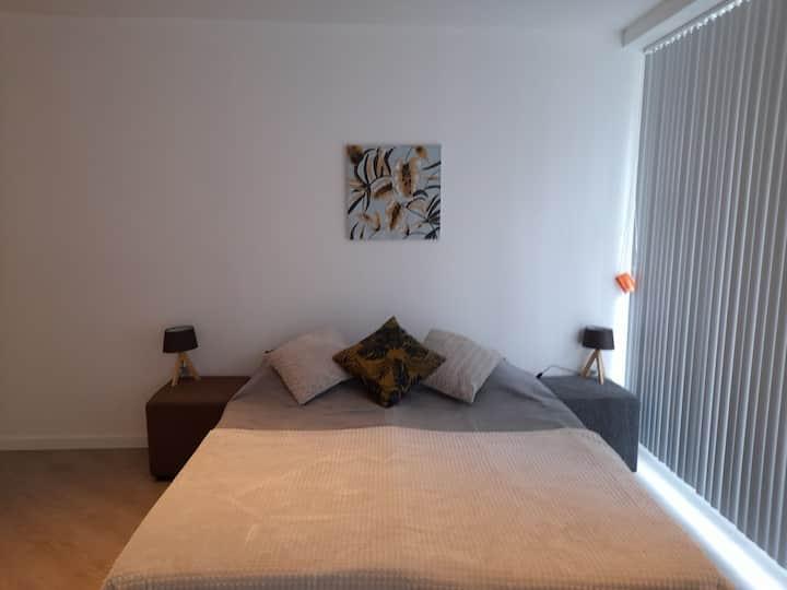 Appartement 5p 🏖🌇🚊100m/🚄5min/BRUGGE 25'/wifi
