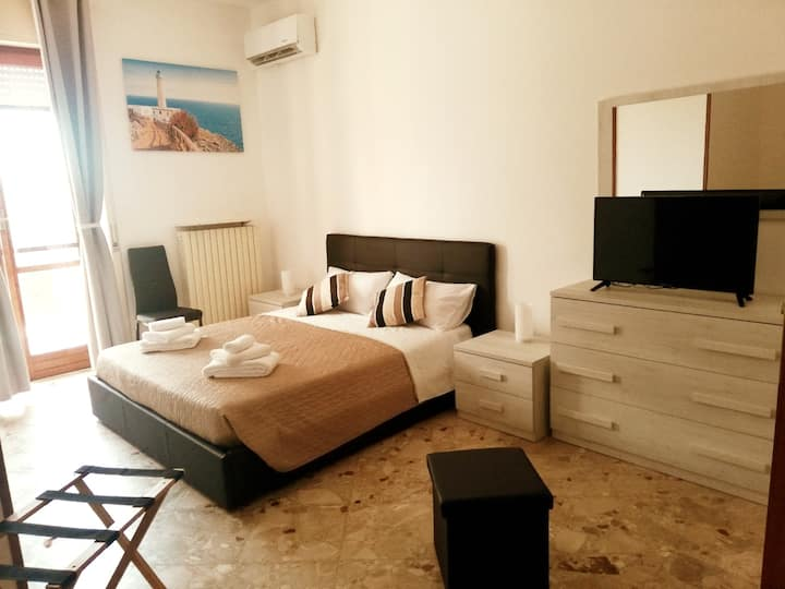 Large comfort room near Porta Rudiae, Lecce city.