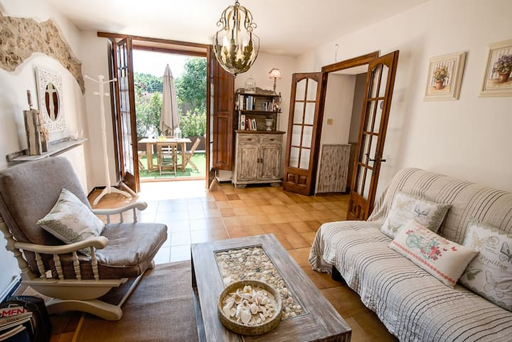 Country house from the 15th century, up to 5pax