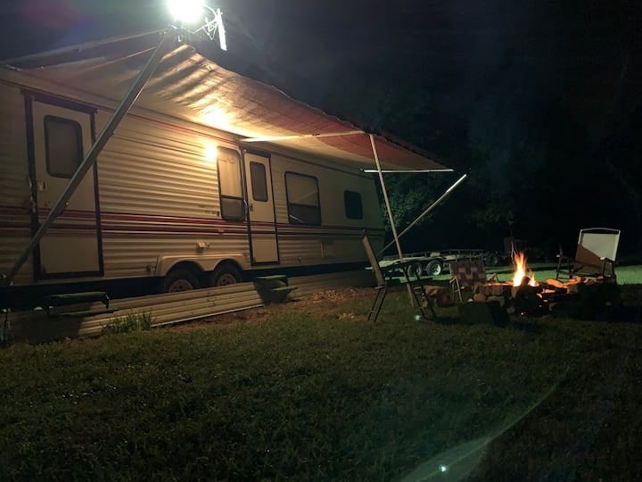 Kentucky Camping with plenty of heat inside & out.