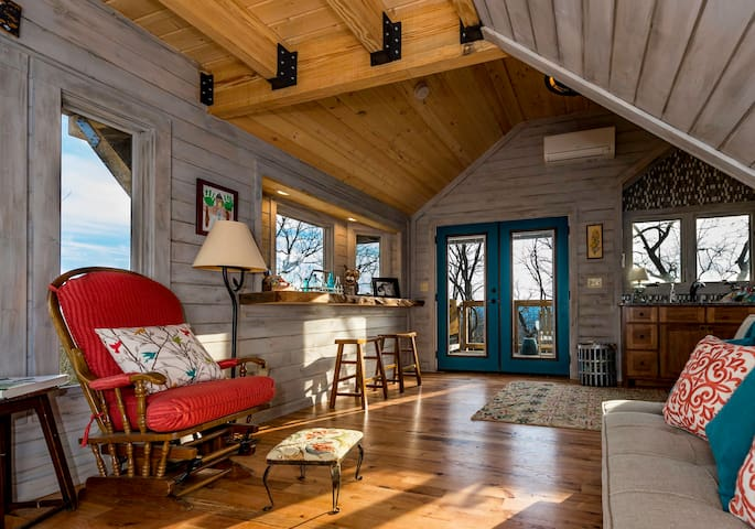 The top 20 treehouses for rent in asheville airbnb - 2 bedroom suites in asheville nc ...